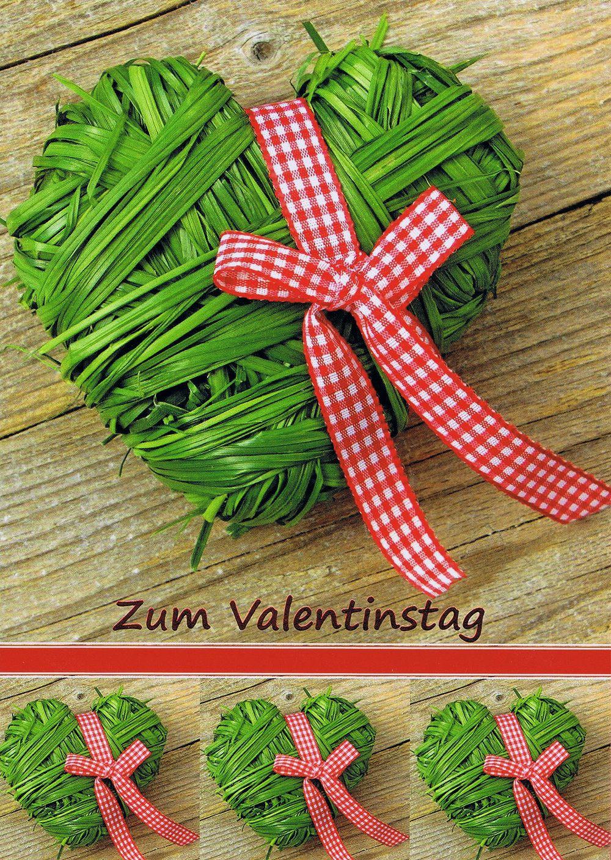 Karte zum Valentinstag mit einem Herz aus Gras gebunden